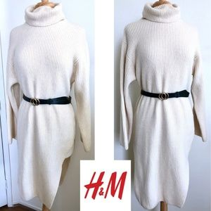 H&M cream wool-blend turtleneck dress sweater XS